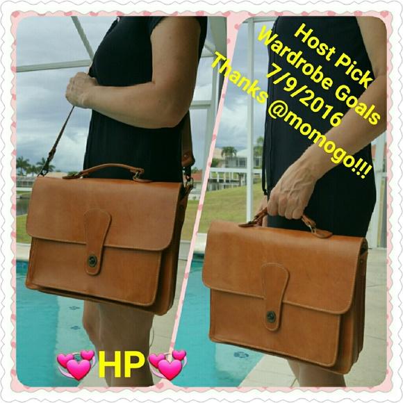 Vintage Handbags - 🌟HOST PICK🌟 NEW Greece Leather briefcase & Tee!