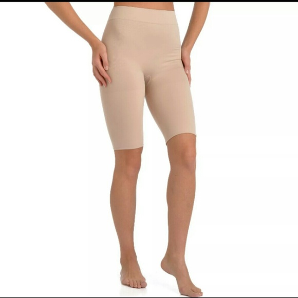 2 pack Luxury Spanx Fits small -XL NWT
