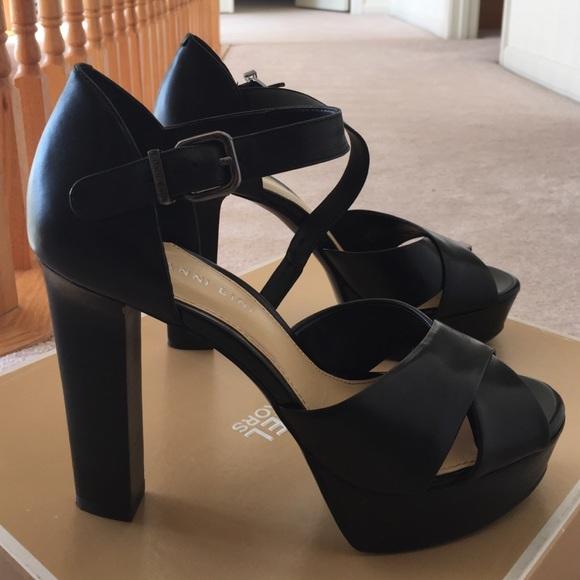 96c31d811 Gianni Bini Shoes | Platform Heels | Poshmark
