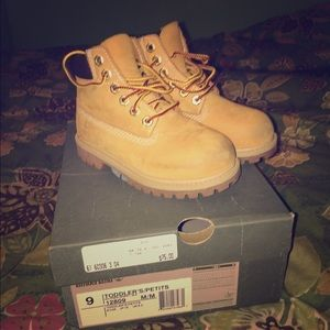 toddler size 9 timberland boots