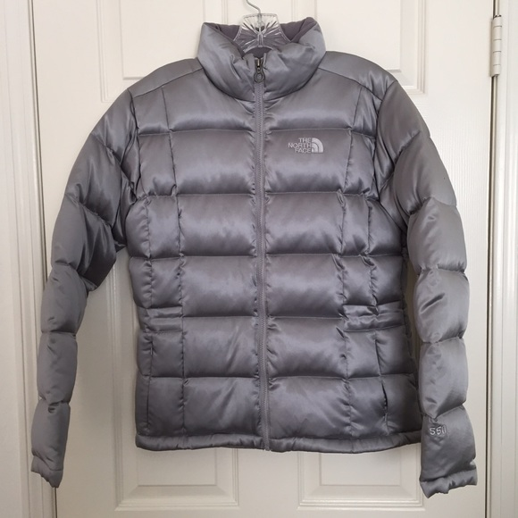 78f1e1cbb869 North Face Silver Puffy Jacket 550. M 562a981e729a66979600f020
