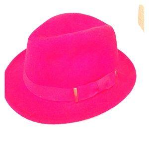 Red Wool Fidora Hat