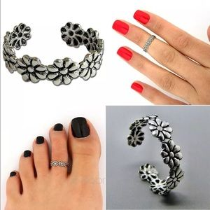 Toe ring knuckle ring