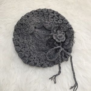Accessories - Floral slouchy beret