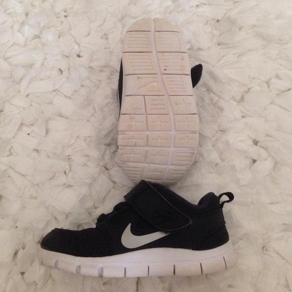 Bébé Nike Chaussures Taille 6 5hfUyhFQt