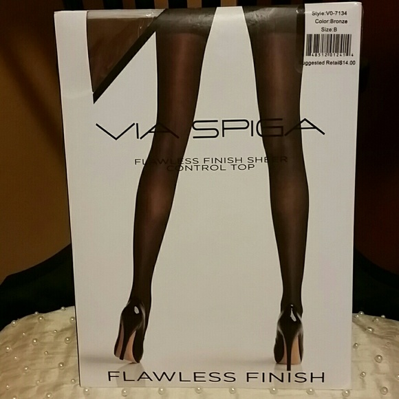 feedd6c4257 Via Spiga Control Top Pantyhose 💜HP💜