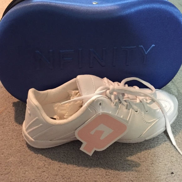 Varsity Nfinity Game Day Cheer Shoes