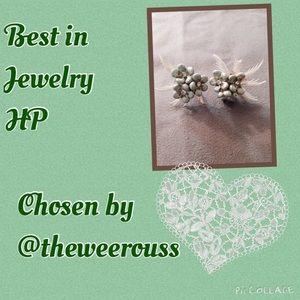 Best in Jewelry HP  Vintage Earrings 