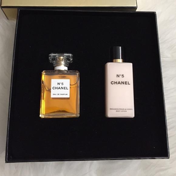 chanel 5 gift set. chanel other - chanel no 5 perfume gift set. set