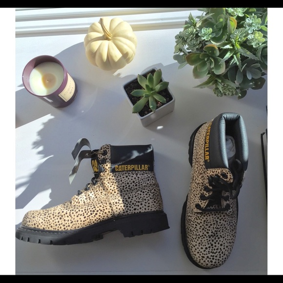 Cat Footwear Leopard Print