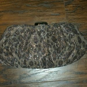 Moving Sale! SHINY LEOPARD PRINT CLUTCH