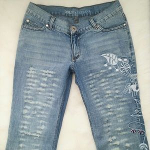 Dolce & Gabbana Denim - MAKE OFFER! Dolce & Gabbana Embroidered Denim Jean