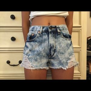 High waisted washed out Jean shorts