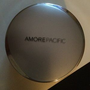 Amore Pacific Cushion Compact, like new!