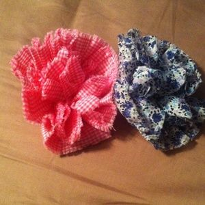 GAP Other - Gap blue and pink flower pins
