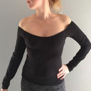 522ad54289089 Victoria s Secret Tops - VS off-shoulder top with built in bra (underwire)