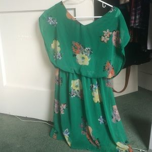 Floral and green short sleeve dress