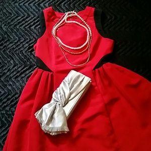 Nina Silver Satin Clutch bag