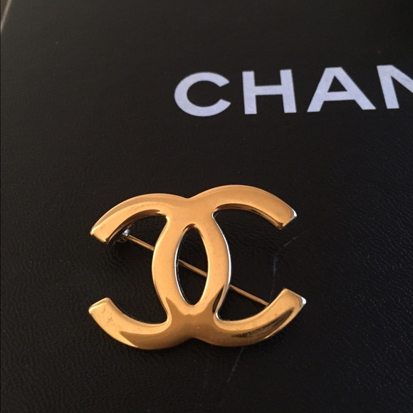 chanel pin. gold chanel pin chanel m