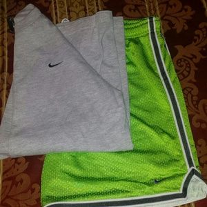 Ladies Nike fit