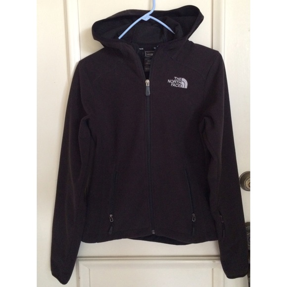 823112550 The North Face Windwall Jacket