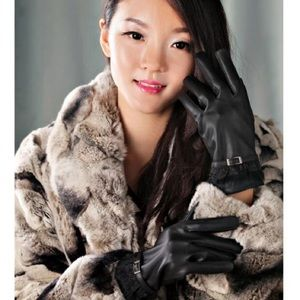 BRAND NEW Faux Leather Gloves