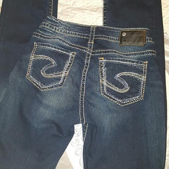 77% off Silver Jeans Denim - Sale🔥New Silver Suki Fluid Denim 25