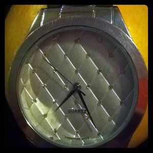 Sophomore Jewelry - Quartz watch