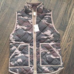J. Crew Jackets & Coats - Jcrew factory camo vest 🅿️🅿️ $120