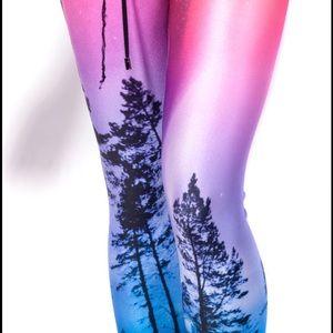 Blackmilk Aurora Skye neon purple leggings NWT