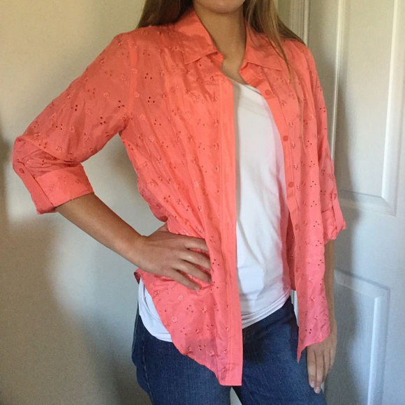 Allison Taylor Tops - 🌺💕 Peachy Pink Embroidered Silk Top💕🌺