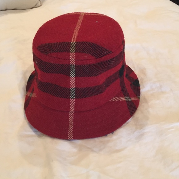Burberry wool plaid hat 100646438a5