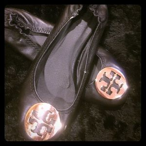 Price reduced!! Tory Burch Reva leather flats