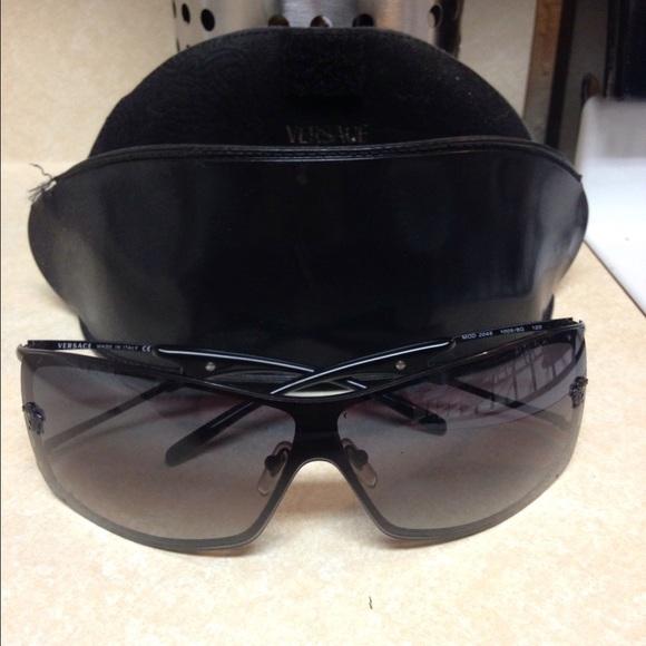 56520f1cab910 Authentic Versace sunglasses