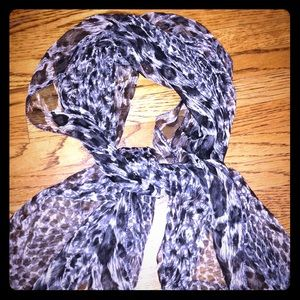 VINTAGE cream and black long scarf