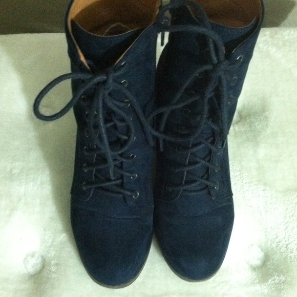 Dark Navy Blue Lace Up Heeled Boots