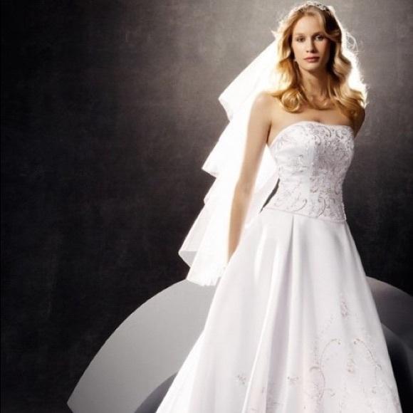 eed3ee49f093 David's Bridal Dresses | Oleg Cassini Wedding Dress Size 8 Ct131 ...