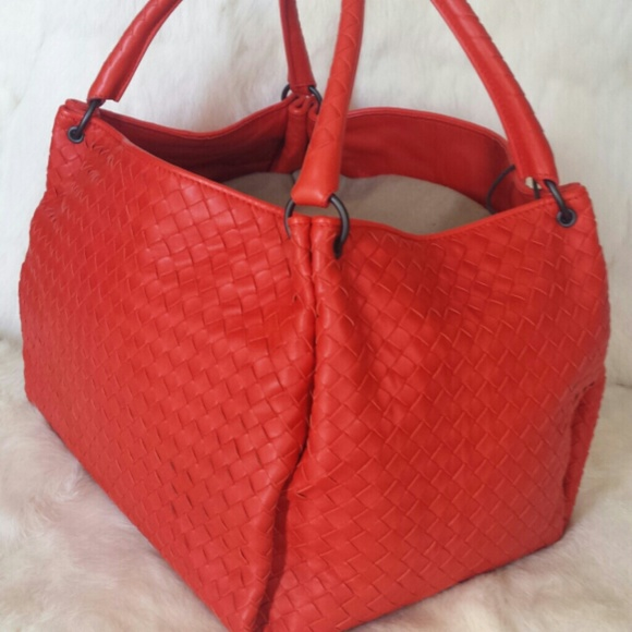 65b50b9804 Bottega Veneta Handbags - Bottega Veneta parachute intrecciato tote bag
