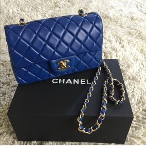 Handbags - Quilted blue leather gold chain purse bag