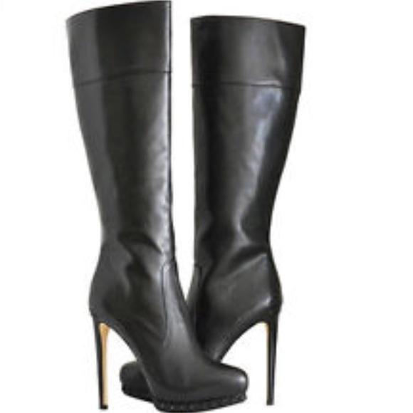 cad91e86f71 Michael Kors 🔥HOST PICK🔥 Leather Studded Boots. M 562f05d1f0137d1cf601d7b4