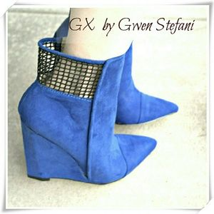 GX by Gwen Stefani Shoes - ❤🍓HP☘🎀 GX by Gwen Stefani Sadami booties.