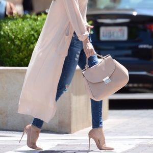 Zara Bowling Bag Modeling Pictures