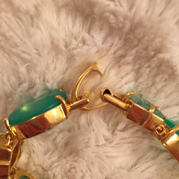 kate spade Jewelry - Green & Gold Gem Link Bracelet