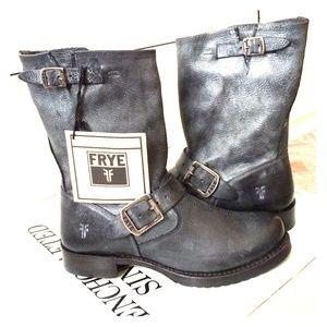 FRYE Veronica Short Boots - NWT & NWB
