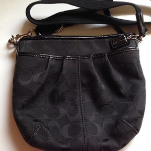 Coach Handbags - Coach bag with cross shoulder strap