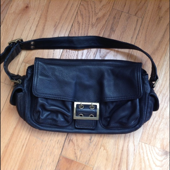 Shop around the waist bags from Gucci, Marc Jacobs, Matt & Nat and from Forzieri, Italist, ketauan.ga and many more. Find thousands of new high fashion items in one place.