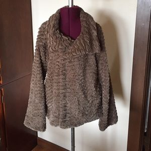 Patagonia Pelage Brown Taupe Tiered Fur Jacket S