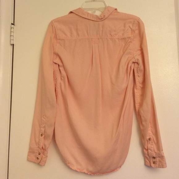 38 off american eagle outfitters tops ae light pink for Pastel pink button down shirt