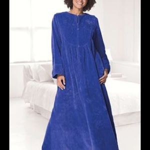 Other - Plus size Robe Cozy and warm!