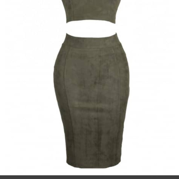 Olive Green Faux Suede Pencil Stretch Midi Skirt L from Ashley's ...